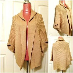 Sale🌷Jennifer Lopez Open Knit  Poncho Size XL